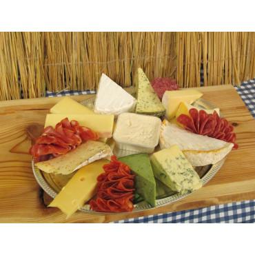 Osteanretning - ost og pølse